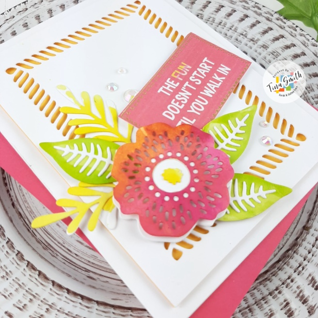 Card tutorial with the Spellbinders Card Kit of the Month for June 2020 - Life is a Party #Spellbinders #SpellbindersClubKits #Cardmaking #CardsandCoffeeTime